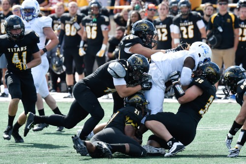 Oshkosh-football-500x333