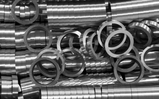 Metal rings used in engines